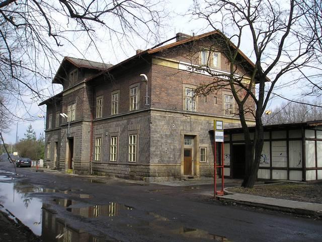 Výpravní budova ŽST Stará Boleslav