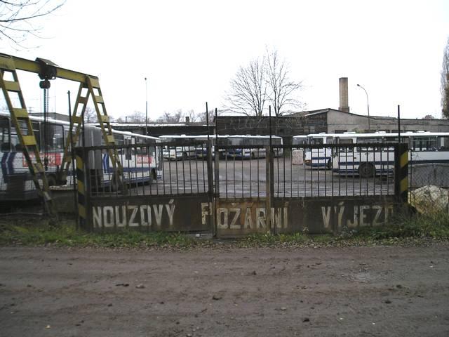 Garáže ČSAD Střední Čechy v ulici U Přístavu ve Staré Boleslavi
