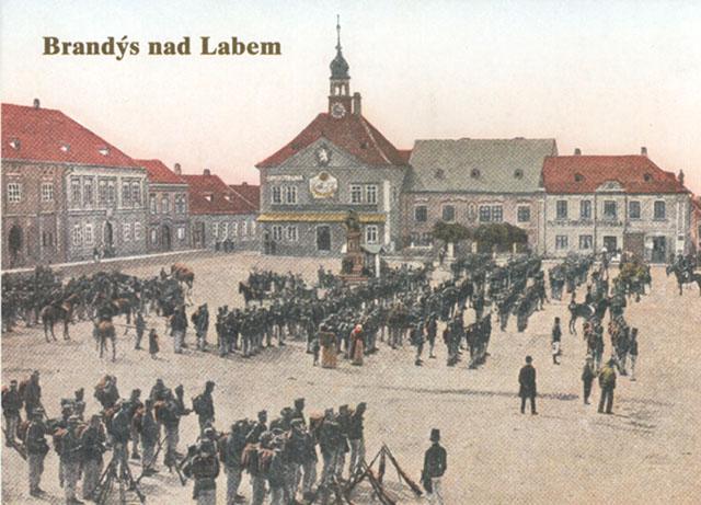 Náměstí v Brandýse nad Labem na historické pohlednici