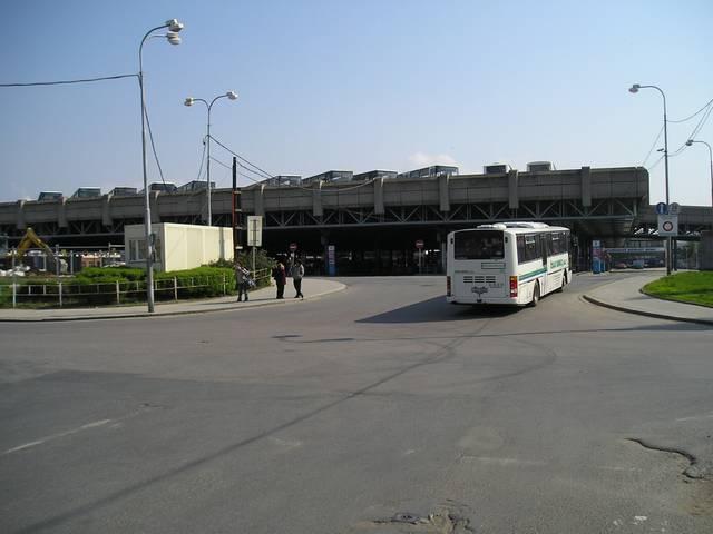 Zajímavě řešené Ústřední autobusové nádraží Zvonařka