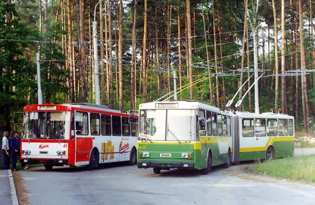 Trolejbusy 15Tr č.33 a 41