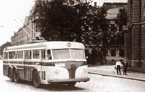 Trolejbus Tatra T400