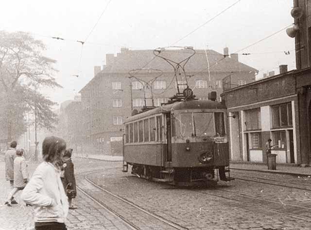 Před nádražím v Bohumíně v roce 1972